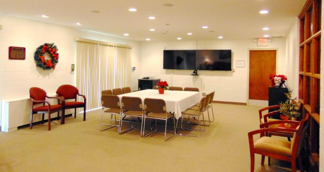 Smaller table and video conferencing screen