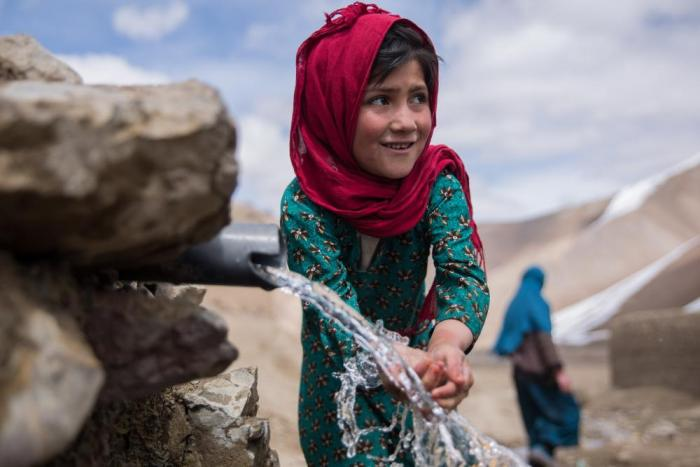 Afghan girl - Image via CRS action alert.