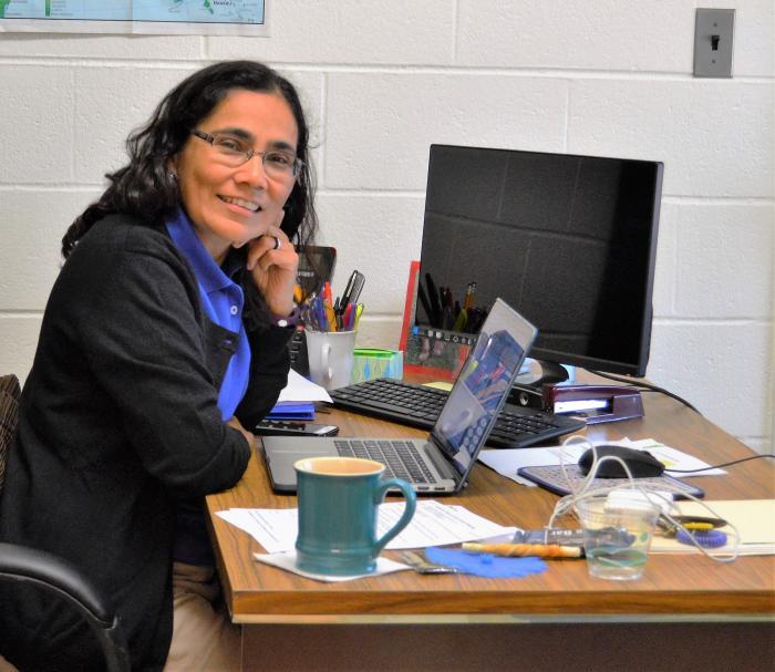 Reyna González, RSCJ